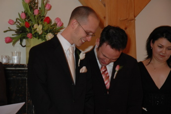 telling a joke at my wedding eases my nerves